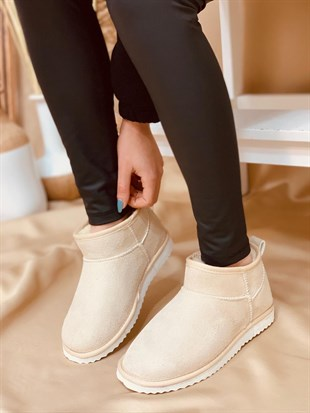Ten Ultra Mini (Ugg)